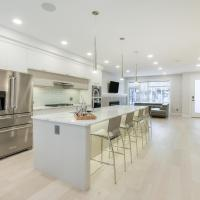 NEW LUXURY TOWNHOME (UNIT 23)