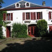 Chambres d'Hôtes Closerie du Guilhat, hôtel à Salies-de-Béarn