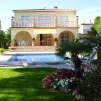 Villa Ines****