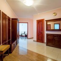 Large luxury 4-room apartment with a sauna, near the metro Levoberezhnaya