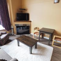Apex Mountain Inn Suite 418 Condo, hotel in Keremeos