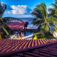 Casa à beira-mar, piscina, hotel in Pitimbu