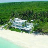 Bougainvillea House Villa, hotel in Jimmy Hill