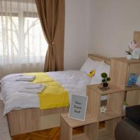 Central apartment with BIG room, WiFi, TV, Washer