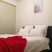 Tasha's Apartments on Kerry, hotel in Pennington