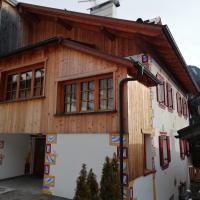 Casa Mantel