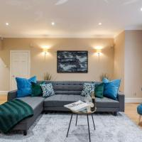 Luxurious Central Kensington Apartment
