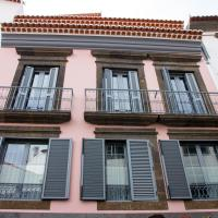 Apartamentos Funchal by Petit Hotels