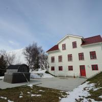 Karlsá Lodge, hótel á Dalvík