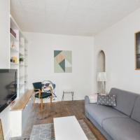 Spacious and cozy studio close to the Garden of Luxembourg