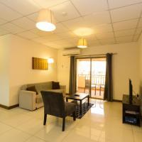 La Casa Baatsona Apts, hotel in Tema