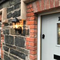 Arthur Street Guest Cottage No16