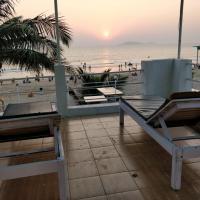 Saritas Guest House - Bogmalo Beach, отель в городе Богмало