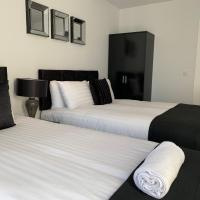 Air Host and Stay - Apartment 7 Barall Court - Sleeps 6 minutes from LFC free parking