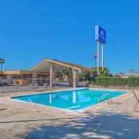 Americas Best Value Inn Uvalde, hotel in Uvalde