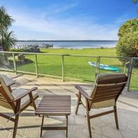 Eagle Point Getaway - Waterfront Serenity!, hotel em Eagle Point