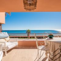 Royal Front Beach Apartment