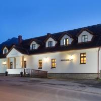 Penzión Zemianska kúria, hotel in Dolný Kubín
