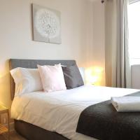 Oceana Accommodation- Southampton, Near the river, St Catherine's Apartment, sleeps 7