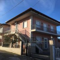 Villa Giotis Family, hotel in Skala Sotiros