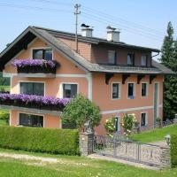 Apartment in Oberhofen am Irrsee 82