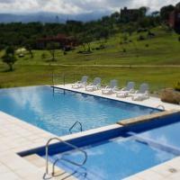 LA TOSCANA casas y suites, hotel in Nono