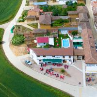 albergue camino real, hotel in Calzadilla de la Cueza