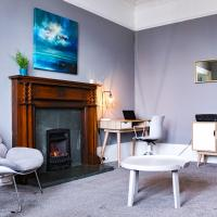 Anchored - Spacious Apartment in Glasgow's Southside