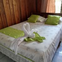 Hospedaje Angeluz, hotel in Quesada