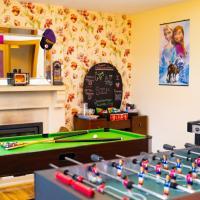 Carnately Lodge, hotel in Ballycastle