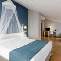 Hotel Jakue, hotel in Puente la Reina