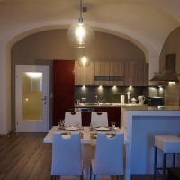 Moderne Ferienwohnung am Stadtplatz in Litschau, Hotel in Litschau