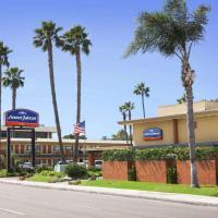 Howard Johnson by Wyndham San Diego Sea World, hotel in San Diego
