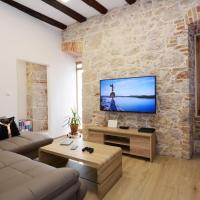 The XY Suites - Boutique Apartments, hotel in Šibenik
