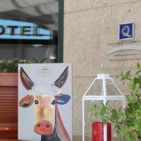 Hotel Villanueva, hotel in Lalín