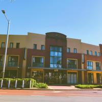 Joondalup City Hotel, hotel in Perth