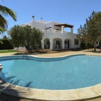 Villa Oasis, Hotel in Sant Jordi