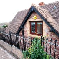 Two Grooms Cottage, hotel in Dunster