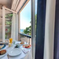 apartamento santa cruz oleiros, hotel en Oleiros
