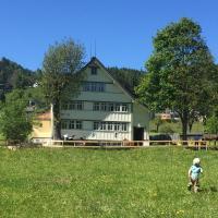 Ferienhaus Im Wuhr, hotel in Gais