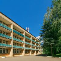 Recreational center Green City, hotel in Pushkino