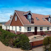 2 Seabreeze Cottages, hotel in Brighstone