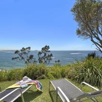Stunning Ocean Views, hotel in Norah Head