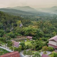 Thanburi resort, hotel in Chom Thong