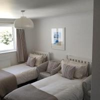 The Studio at Wellington House, hotel near Newquay Cornwall Airport - NQY, Newquay