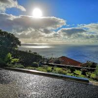 Sea View Retreat, hotel near Cristiano Ronaldo Madeira International Airport - FNC, Santa Cruz