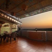 Hill Top Luxury Villa - 3 BHK    Infinity Pool, отель в городе Мапуса