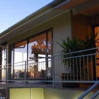 Winelands Lodge, hotel in Durbanville