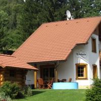 Chata U Huberta, hotel in Trutnov