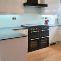 Fully Equipped Modern 3 bedroom House
